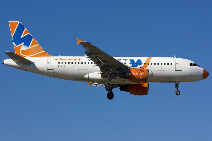 EI-DVU A319-113 660 Wind Jet @ Rimini Airport 18.07.2012 © Piti Spotter Club Verona