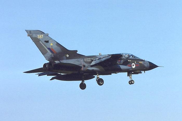 ZA587  055  Tornado GR4  096/BS030/3051 @ Aeroporto di Verona   © Piti Spotter Club Verona