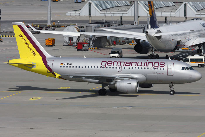 D-AKNK A319-112 1077 Germanwings @ Munich Airport 05.2009 © Piti Spotter Club Verona