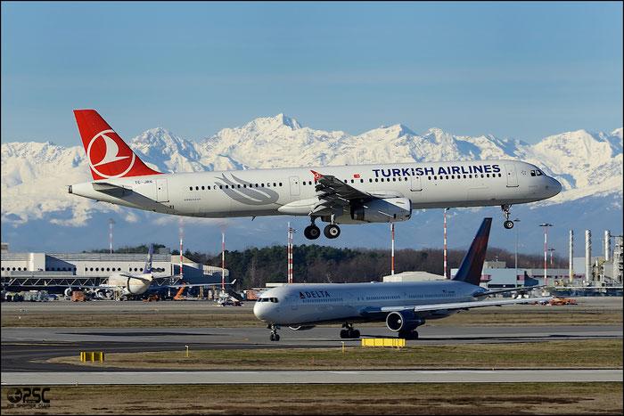 TC-JRN A321-231 4654 Turkish Airlines - THY Türk Hava Yollari @ Milano Malpensa Airport 25.01.2014 © Piti Spotter Club Verona