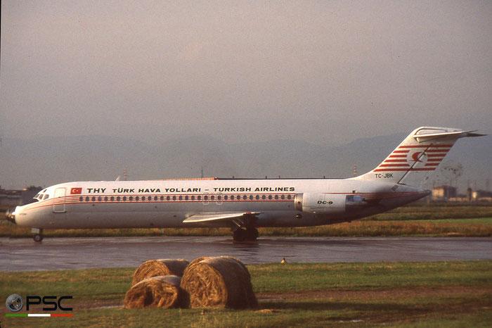 TC-JBK  DC-9-32  47674/793  Turkish Airlines - THY Türk Hava Yollari  @ Aeroporto di Verona © Piti Spotter Club Verona