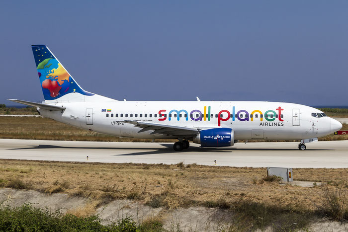 LY-SPE B737-31S 29055/2923 Small Planet Airlines @ Rhodes Airport 07.2015 © Piti Spotter Club Verona