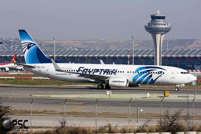 SU-GEA B737-866 40760/3492 EgyptAir @ Madrid Airport 01.2012 © Piti Spotter Club Verona