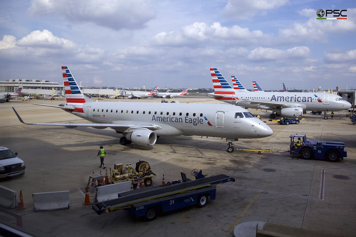 N404YX ERJ175LR 17000367 Republic Airlines @ Washington Regional R.Reagan Airport 21.10.2016 © Piti Spotter Club Verona
