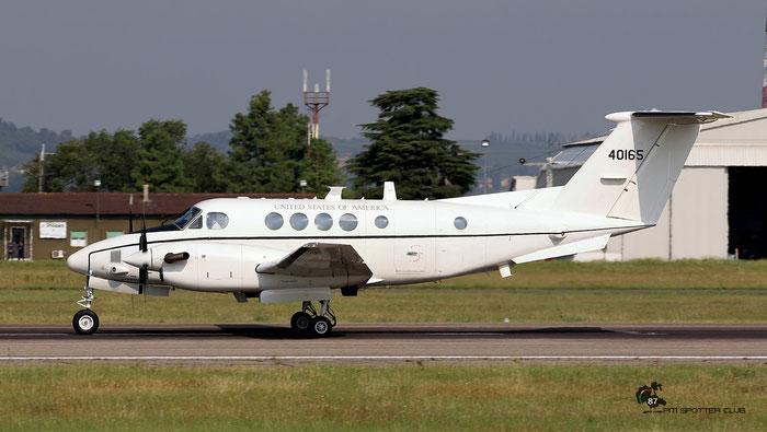 84-00165  Co E  C-12U-3  BL-95  1-214th AVN @ Aeroporto di Verona © Piti Spotter Club Verona