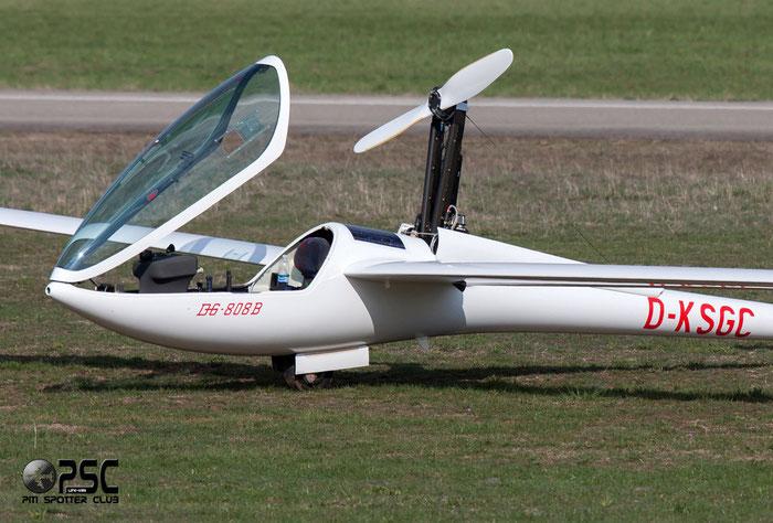 D-KSGC - DG Flugzeugbau DG-800 @ Aeroporto Verona Boscomantico © Piti Spotter Club Verona