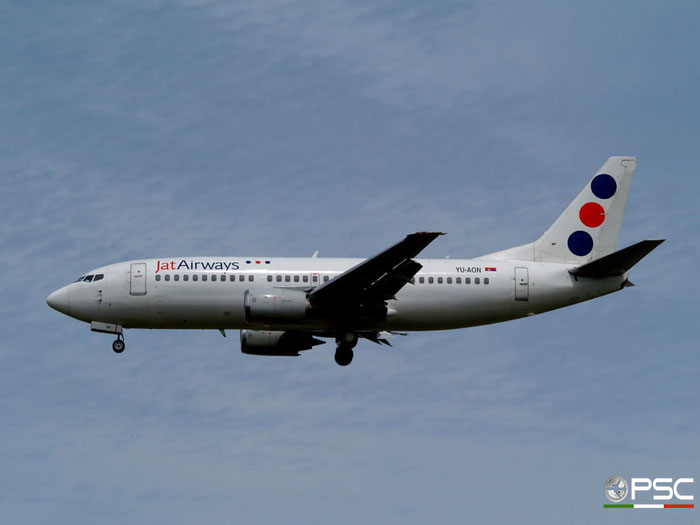 YU-AON B737-3Q4 24208/1490 Jat Airways @ London Heathrow Airport 23.05.2009 © Piti Spotter Club Verona