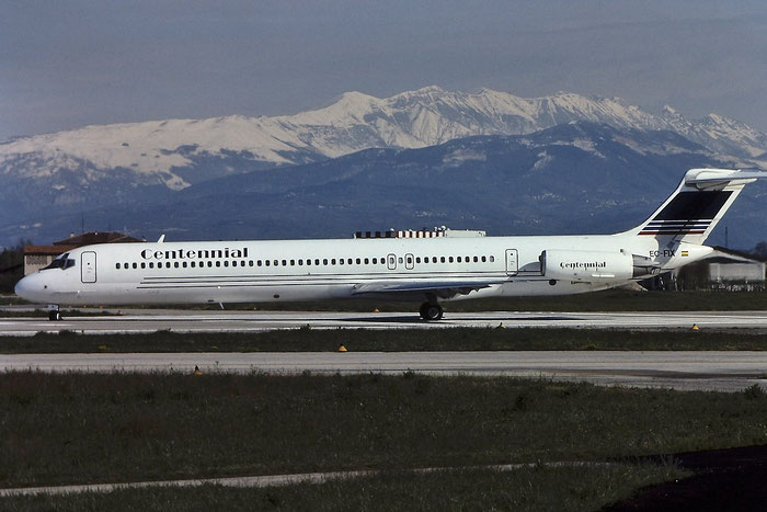 EC-FIX MD-83 49396/1305 Centennial Airlines @ Aeroporto di Verona © Piti Spotter Club Verona
