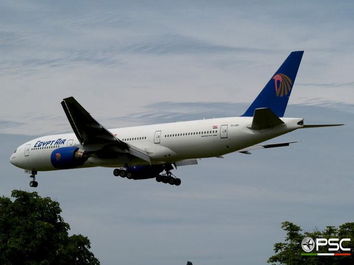 SU-GDP B777-36NER 38290/918 EgyptAir @ London Heathrow Airport 23.05.2009 © Piti Spotter Club Verona