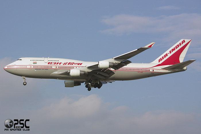 VT-AIF B747-412 24066/791 Air India @ London Heathrow Airport 2005 © Piti Spotter Club Verona