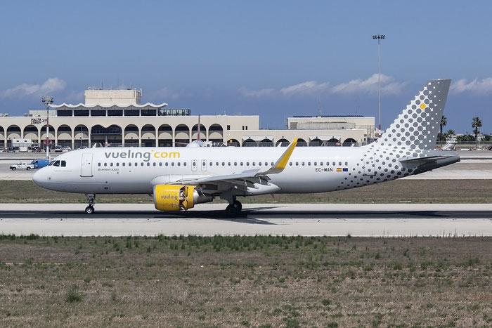 EC-MAN A320-214 6079 Vueling Airlines @ Malta Airport 08.2015 © Piti Spotter Club Verona