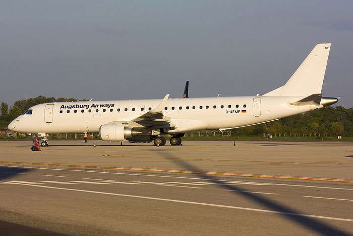 D-AEMF ERJ190LR 19000310 Augsburg Airways @ Treviso Airport 14.09.2012 © Piti Spotter Club Verona