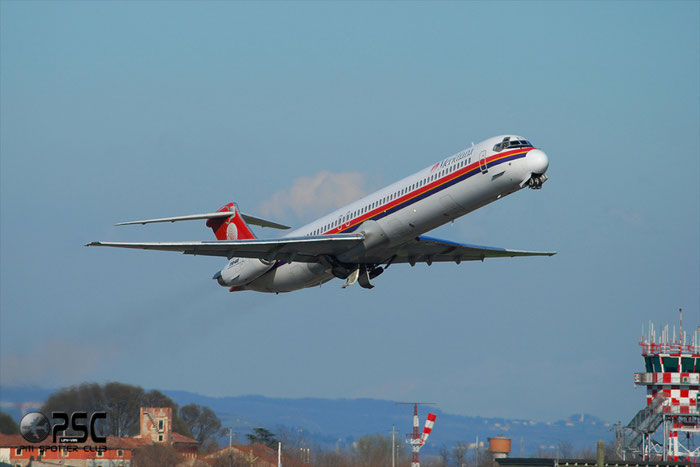 I-SMEC  MD-83  49808/1836  Meridiana  @ Aeroporto di Verona © Piti Spotter Club Verona