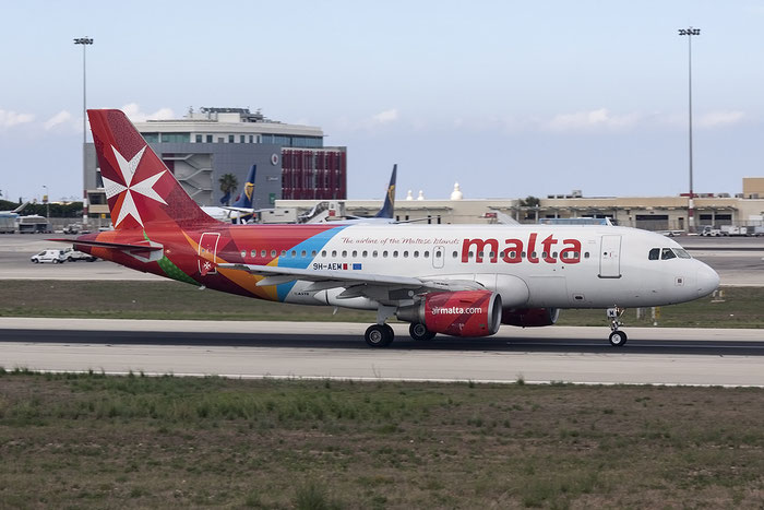 9H-AEM A319-112 2382 Air Malta @ Malta Airport 08.2015 © Piti Spotter Club Verona