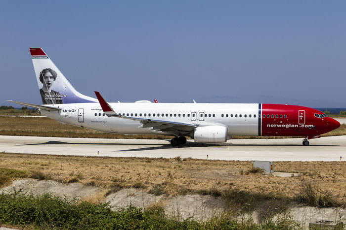 LN-NGY B737-8JP 41126/4972 Norwegian  @ Rhodes Airport 11.07.2015 © Piti Spotter Club Verona