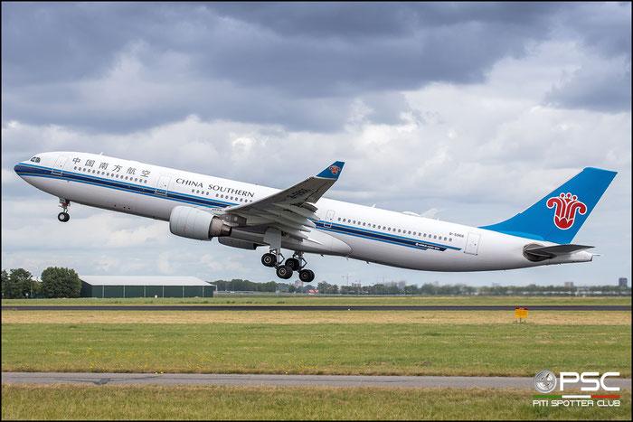 B-5966  A330-323E  1625  China Southern Airlines @ Amsterdam 2019 © Piti Spotter Club Verona
