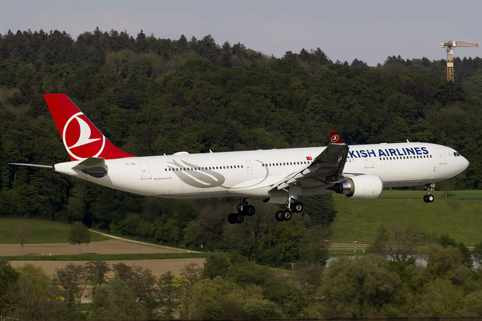 TC-JOL A330-303E 1644 Turkish Airlines - THY Türk Hava Yollari @ Zurich Airport 05.2015 © Piti Spotter Club Verona