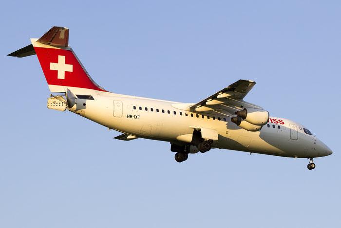 HB-IXT BAe146-RJ100 E3259 Swiss Global Air Lines @ Zurich Airport 05.2016 © Piti Spotter Club Verona