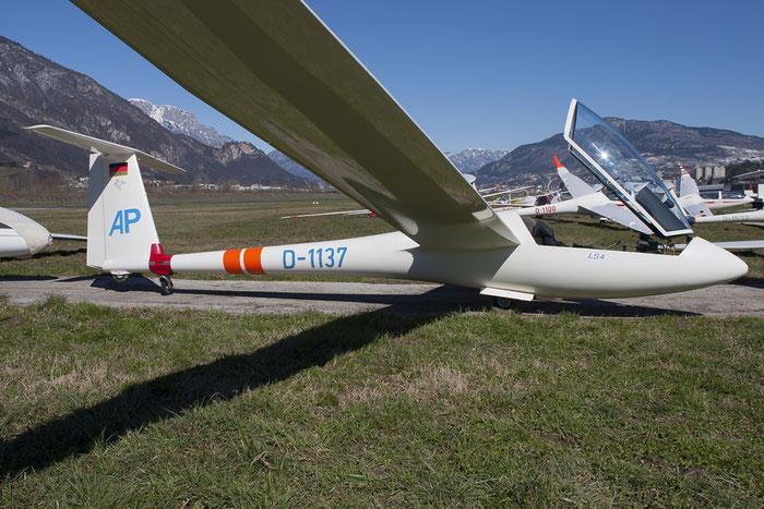 D-1137 - Rolladen-Schneider LS4 - Private @ Aeroporto di Trento © Piti Spotter Club Verona
