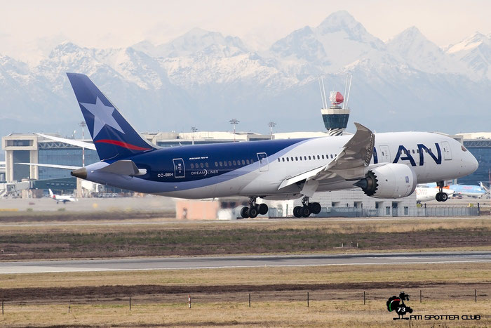 CC-BBH B787-8 42224/205 LATAM Airlines Chile @ Milano Malpensa Airport 20.02.2016 © Piti Spotter Club Verona