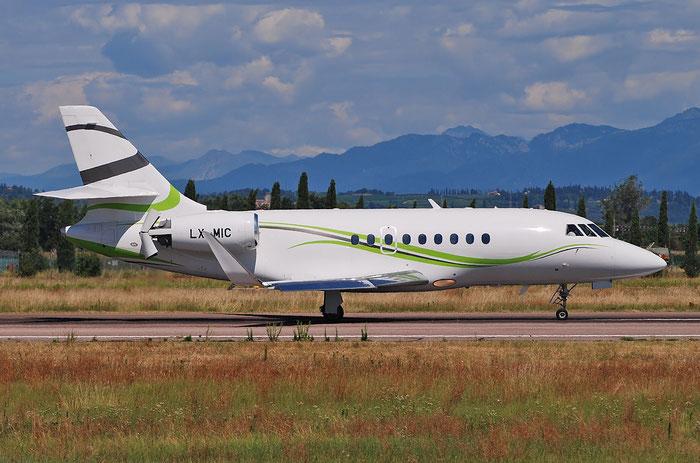 LX-MIC Falcon 2000S 705 Global Jet Luxembourg @ Aeroporto di Verona 07.2018  © Piti Spotter Club Verona