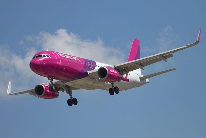 HA-LWY A320-232 6058 Wizz Air @ Bologna Airport 20.08.2015 © Piti Spotter Club Verona