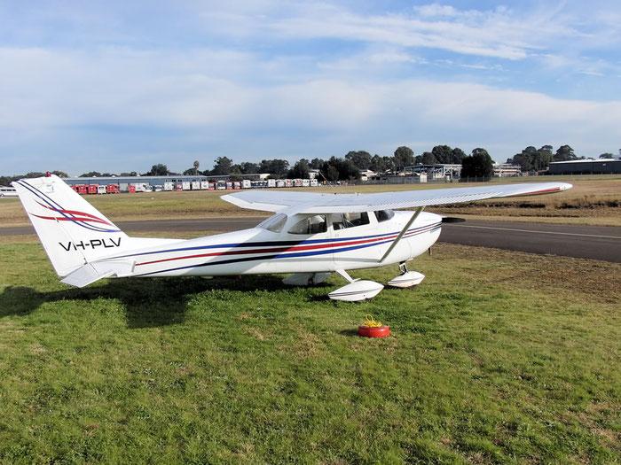 VH-PLV, 1965 Cessna 172G Skyhawk C/N 17253502 @ Bankstown .2011 © Piti Spotter Club Verona