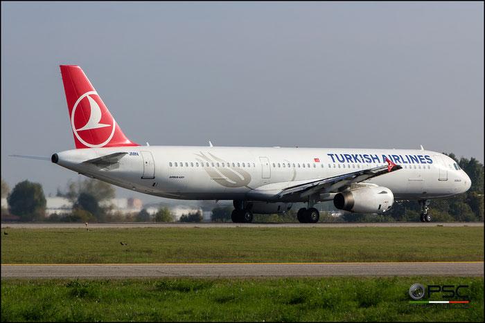 TC-JMN A321-231 2919 Turkish Airlines - THY Türk Hava Yollari @ Bologna Airport 31.10.2016 © Piti Spotter Club Verona