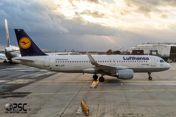 D-AIZP A320-214 5487 Lufthansa @ Frankfurt Airport 22.10.2014  © Piti Spotter Club Verona