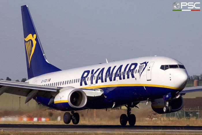 EI-FZD B737-800 44777/6315 Ryanair @ Aeroporto di Verona 03.09.2017  © Piti Spotter Club Verona