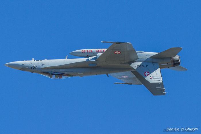 J-5024   F/A-18C-49-MC  1373/SFC024   © Piti Spotter Club Verona