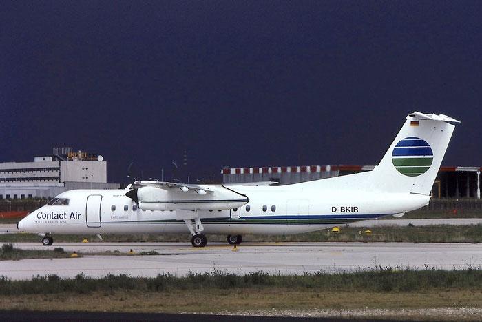 D-BKIR DHC-8-311A 334 Contact Air @ Aeroporto di Verona © Piti Spotter Club Verona