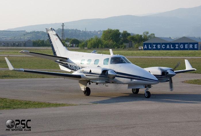 N3808Y Beech B60 Duke BE60 P-562 @ Aeroporto Verona Boscomantico © Piti Spotter Club Verona