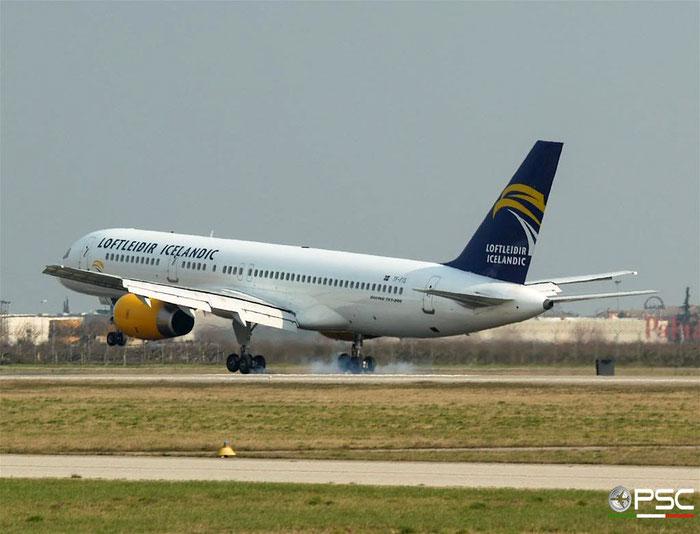 TF-FIS B757-256 26245/617 Icelandair @ Aeroporto di Verona 17.02.2007  © Piti Spotter Club Verona
