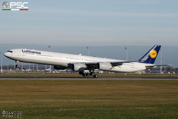 D-AIHM A340-642 762 Lufthansa @ Munich Airport 13.12.2015 © Piti Spotter Club Verona
