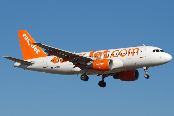 G-EZFG A319-111 3845 EasyJet Airline @ Bologna Airport 28.01.2012  © Piti Spotter Club Verona