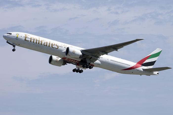 A6-EBT B777-31HER 32730/585 Emirates @ Venezia Airport 20.07.2014 © Piti Spotter Club Verona