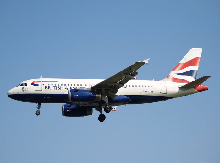 G-EUPR A319-131 1329 British Airways @ London Heathrow Airport 08.2007 © Piti Spotter Club Verona