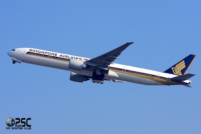 9V-SWK B777-312ER 34576/644 Singapore Airlines @ Milano Malpensa Airport 12.2007 © Piti Spotter Club Verona