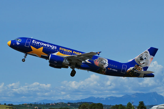 D-ABDQ A320-214 3121 Eurowings @ Aeroporto di Verona 20.08.2017  © Piti Spotter Club Verona