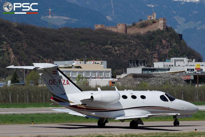 OE-FZA Ce510 510-0144 GlobeAir AG @ Aeroporto di Bolzano © Piti Spotter Club Verona