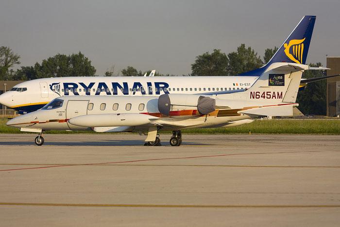 N645AM Learjet 35A 35A-645 Aeromanagement Inc. @ Treviso Airport 16.06.2012 © Piti Spotter Club Verona
