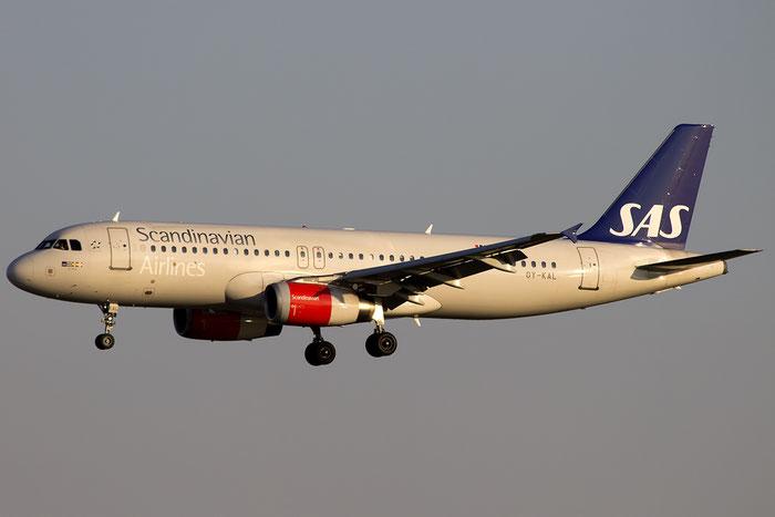 OY-KAL A320-232 2883 SAS Scandinavian Airlines - Scandinavian Airlines System @ Venice Airport 22.08.2015 © Piti Spotter Club Verona