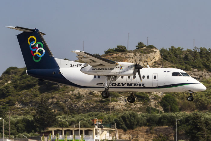 SX-BIR DHC-8-102A 364 Olympic Air @ Rhodes Airport 07.2015 © Piti Spotter Club Verona