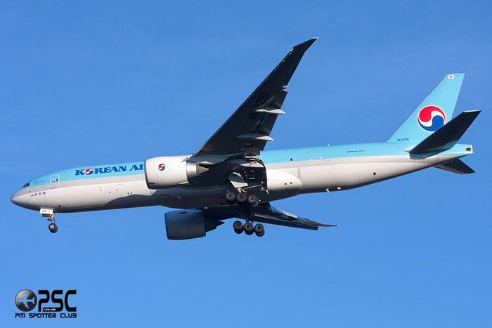 HL8251 B777-FB5 37639/989 Korean Air @ Milano Malpensa Airport 27.12.2013 © Piti Spotter Club Verona