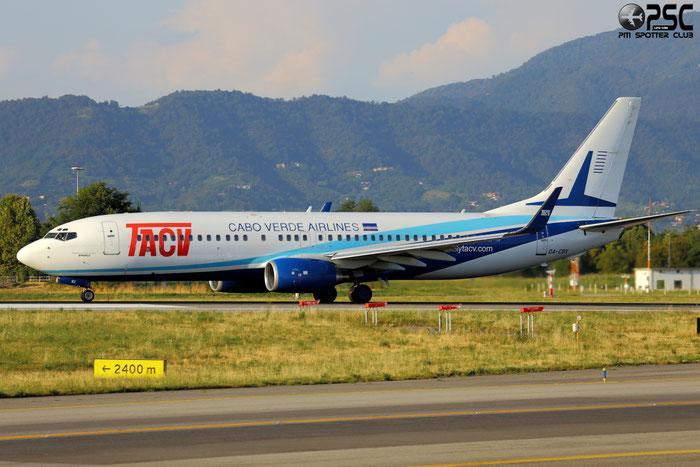 D4-CBX B737-8Q8 30039/701 TACV - Transportes Aéreos de Cabo Verde @ Bergamo Airport 11.08.2013 © Piti Spotter Club Verona