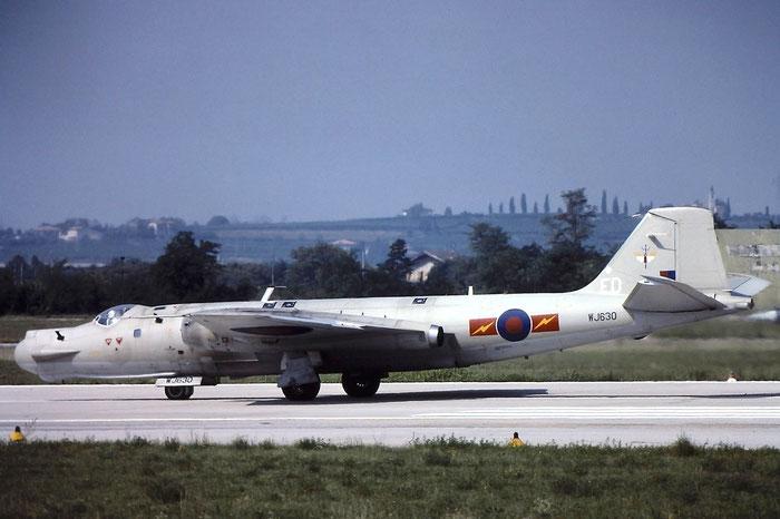 WJ630   Canberra T17  HP-197B   @ Aeroporto di Verona   © Piti Spotter Club Verona