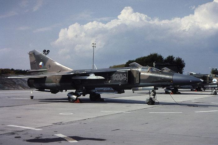 3304   MiG-23ML  0390323304/16319  Vyskov © Piti Spotter Club Verona