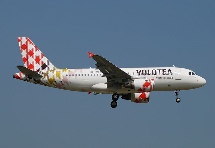 EC-MUY A319-111 2050 Volotea Air @ Aeroporto di Verona 05.2018  © Piti Spotter Club Verona