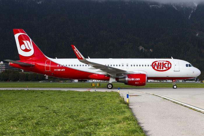 OE-LEY A320-214 5648 Niki @ Innsbruck Airport 10.2014 © Piti Spotter Club Verona